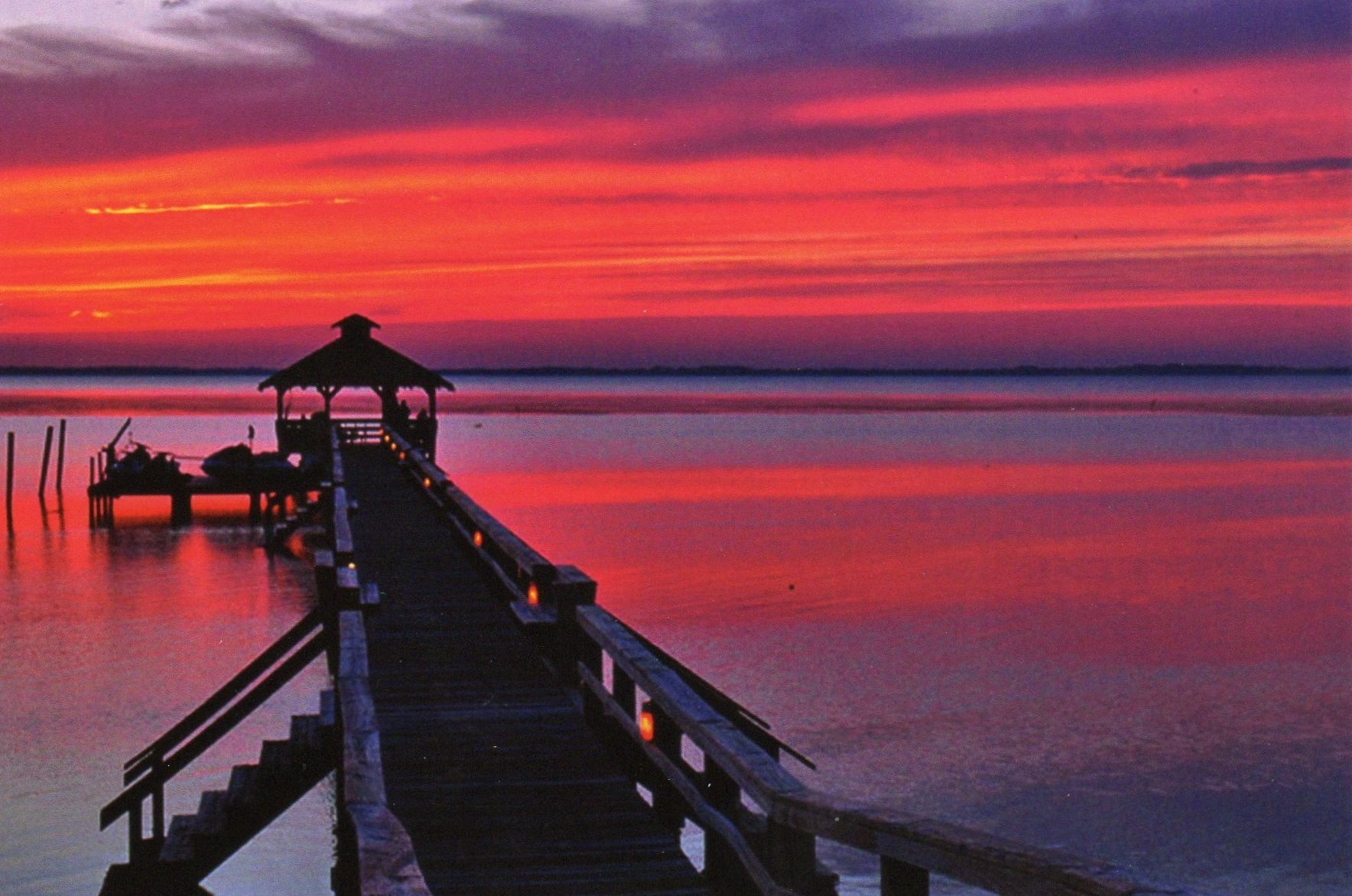 Currituck Pier At Sunset Outer Banks Beautiful Places To Live North Carolina Homes Natural Landmarks