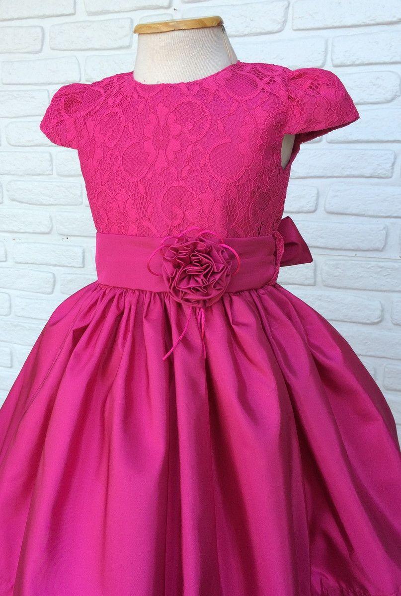 b26219102 Vestido Festa Pink Lindo vestido de Festa para sua Princesa! - Busto em  Renda com forro tipo cetim. - Vestido com três camadas de saia sendo uma de  filó.