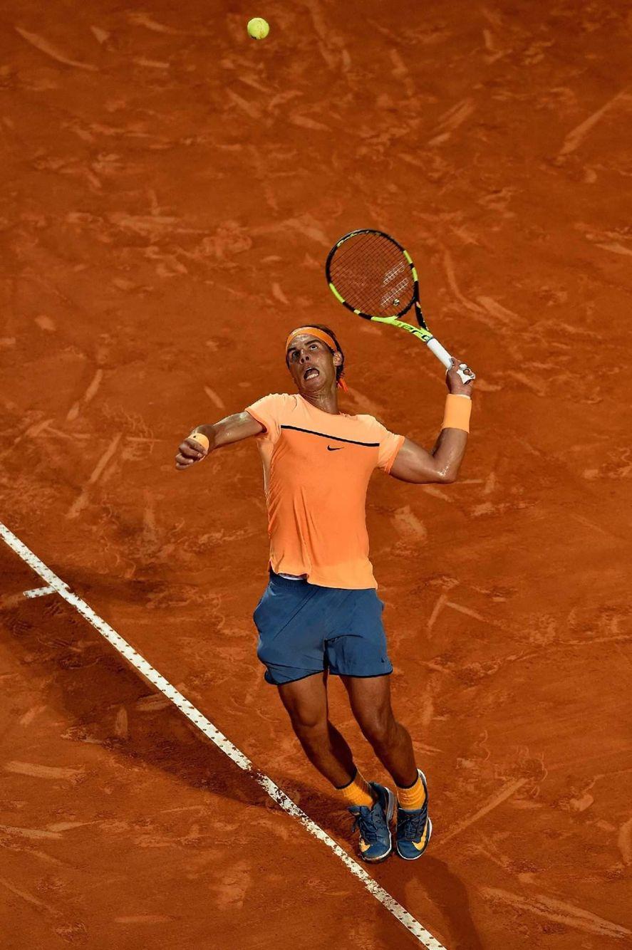 Nadal a déroulé contre Kohlschreiber MASTERS 1000 ROME - Rafael Nadal n'a pas traîné mercredi pour se défaire de Philipp Kohlschreiber (6-3, 6-3) au 2e tour du tournoi de Rome. La tête de série numéro 5 retrouvera en 8e Nick Kyrgios. Internazionali BNL d'Italia 2016 on May 11, 2016 in Rome, Italy. (Photo by Matthew Lewis/Getty Images)  ATP VamosRafa RoadToRG2016