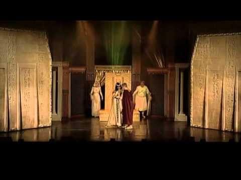 Kleopatra -celý muzikál - YouTube