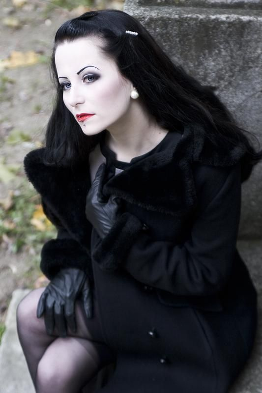 Gothichorrorpictureshow Reply To Anonymous She Is Frulein Plastique Besides Her Work As Gothic