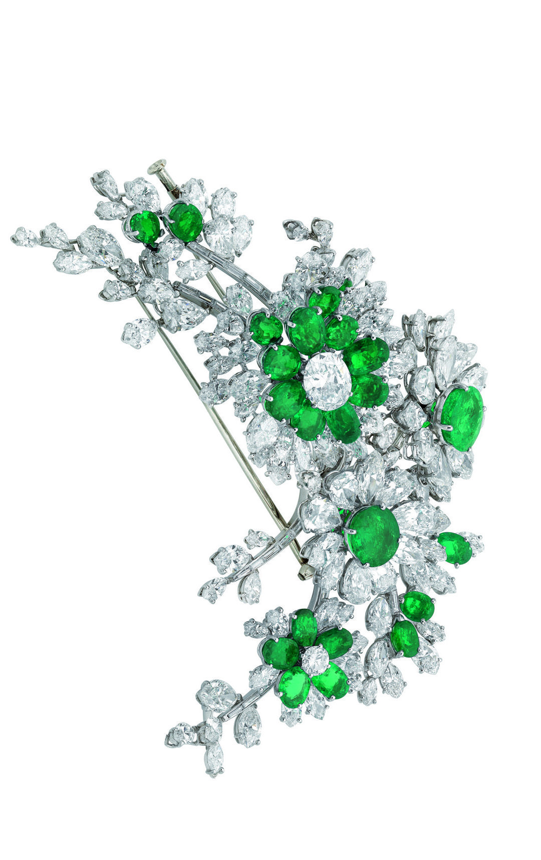 Bulgari jewelry (an emerald and diamond En Trembalnt brooch), a platinum sautoir with diamonds and sapphires - Elizabeth  Taylor