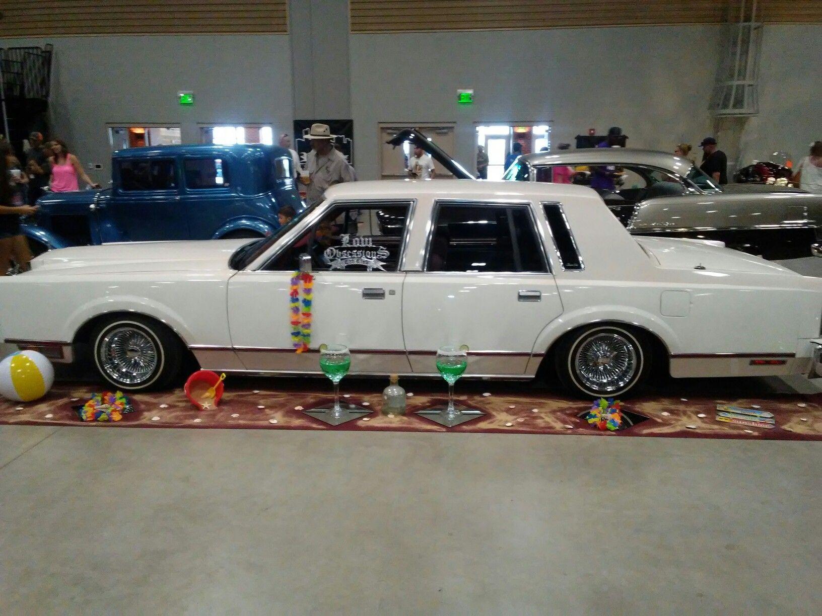 1983 Lincoln Town Car Lowrider Nuestro Orgullo Pinterest