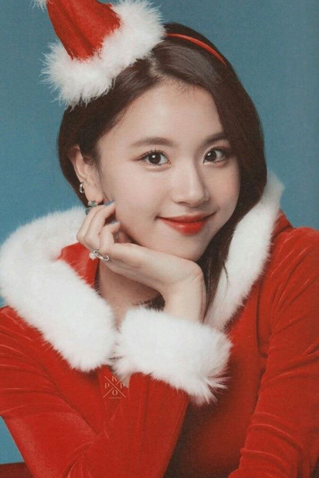 Pin by Kimanirobinson on Twice ♥️ Christmas wallpaper