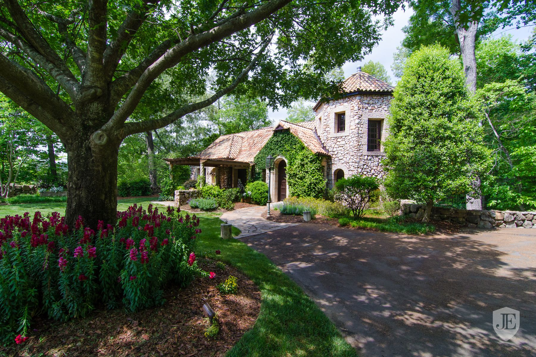 One Of A Kind 15 Acre Property in Atlanta, GA, United States