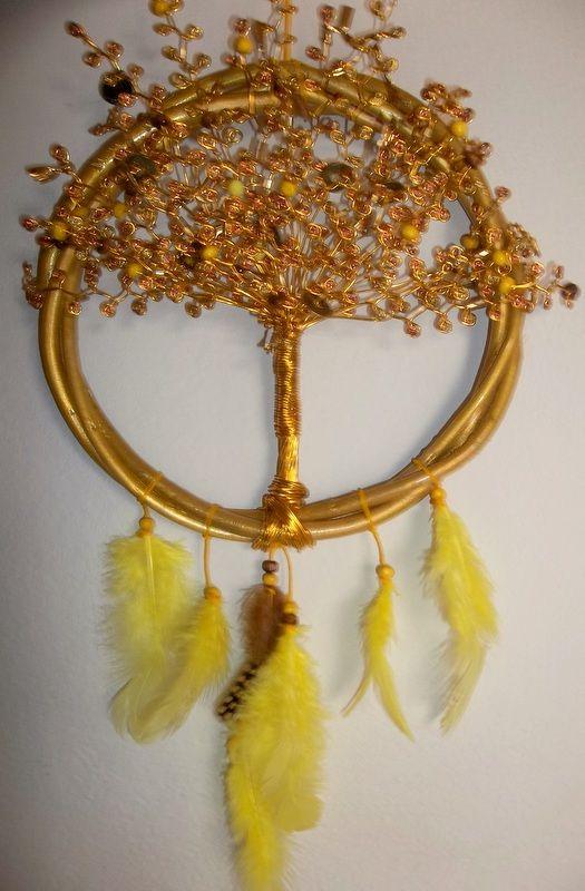 Rbol De La Abundancia El Dorado Y Brillo De Su Color Representa El