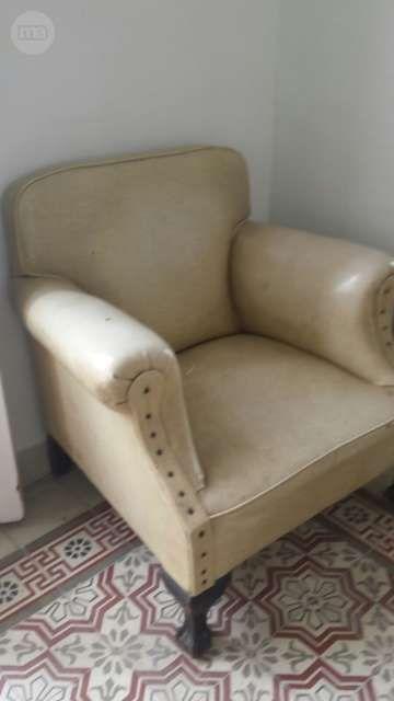 sillones antiguos tapizados con skay de muy buena
