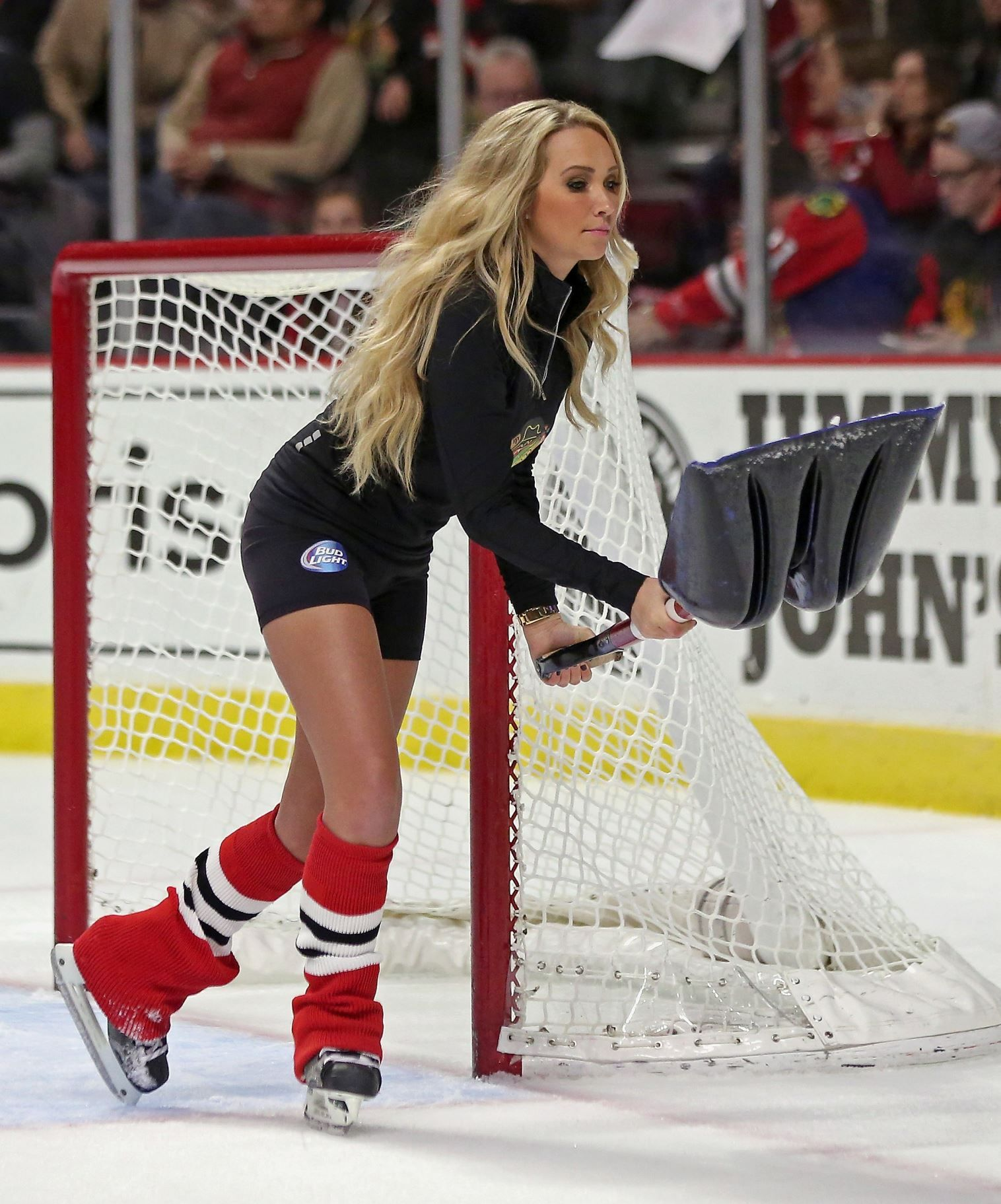 NHL ice girls | NHL Ice Girls | Pinterest | Hockey, Girls ...