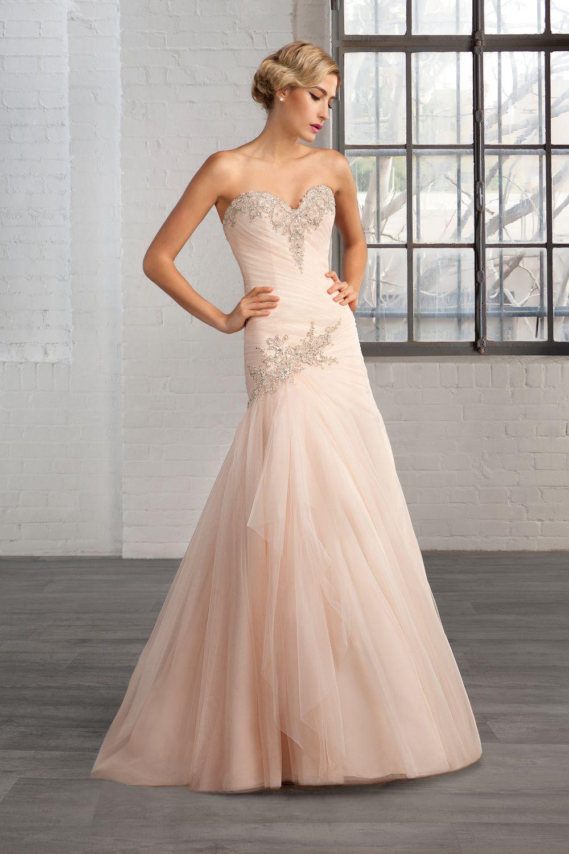 Wedding Dress For Your Shape 2 Curvy Bridal Shop West Yorkshire Dresses A Line Wedding Dress Wedding Dress Shopping