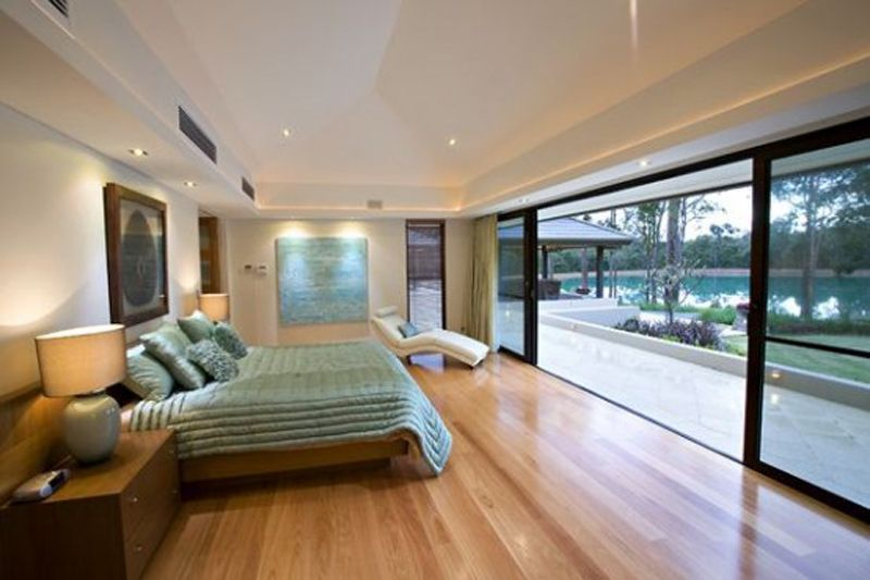 Bedroom comes with glass wall and modern wooden floor | new house ...