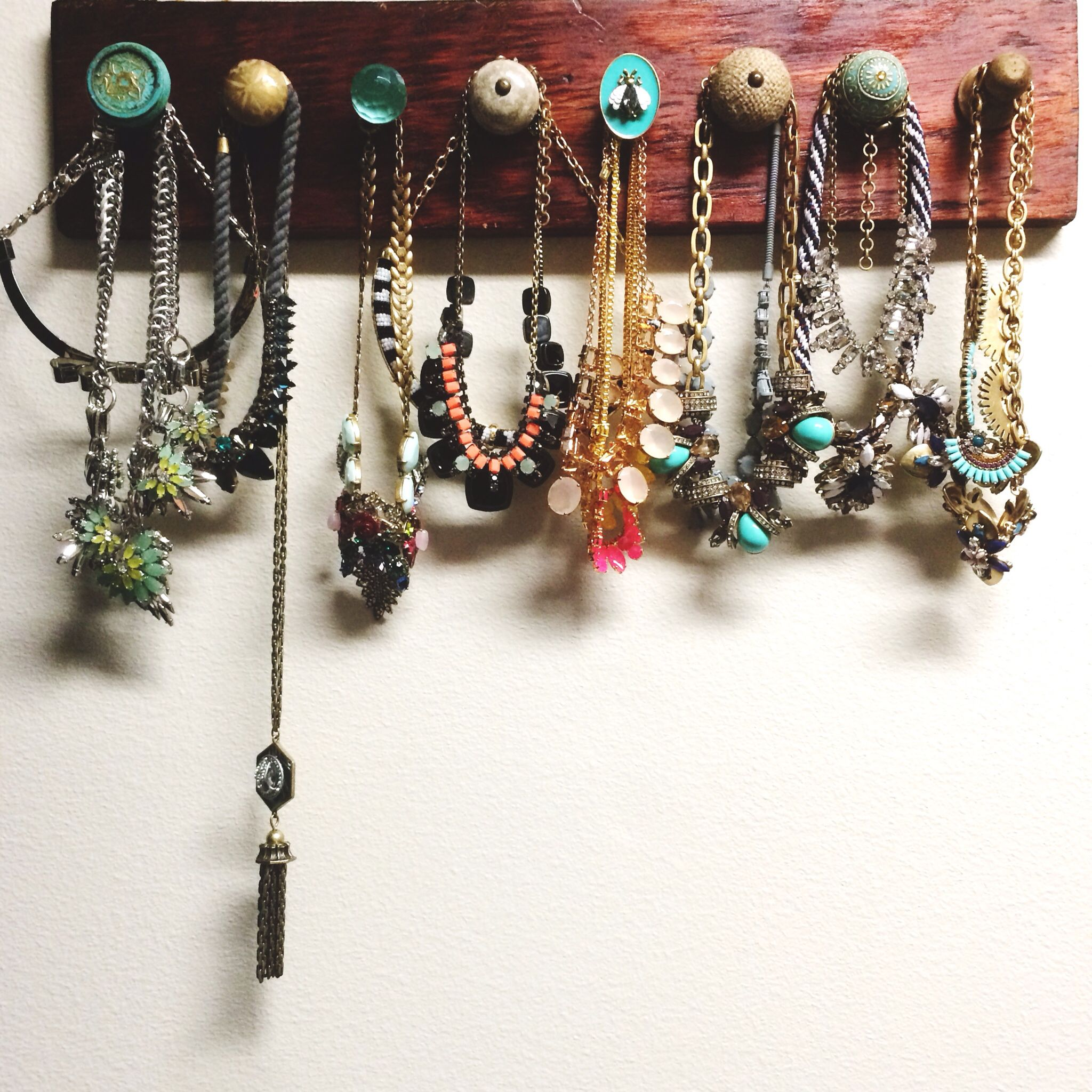 Necklace Organizer Jewelry Organizer DIY Bee Glasbury knob