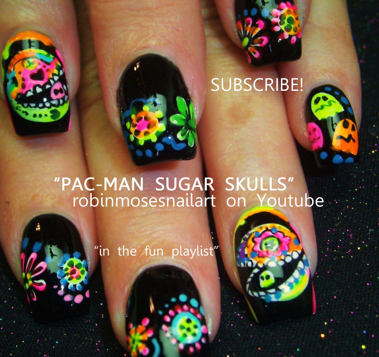 Nail-art by Robin Moses day of the dead PACMAN http://www.youtube.com/watch?v=sucE2MtyKlE - Skull nails, Sugar skull nails, Skull nail designs - 웹