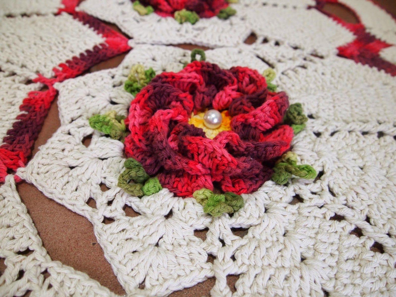 Tapete redondo com flor segredo