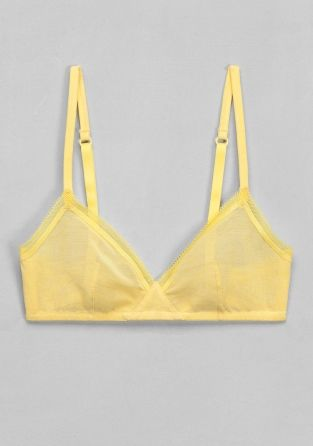 & OTHER STORIES Simple and comfortable, this triangle soft bra is made from a cotton blend mesh.