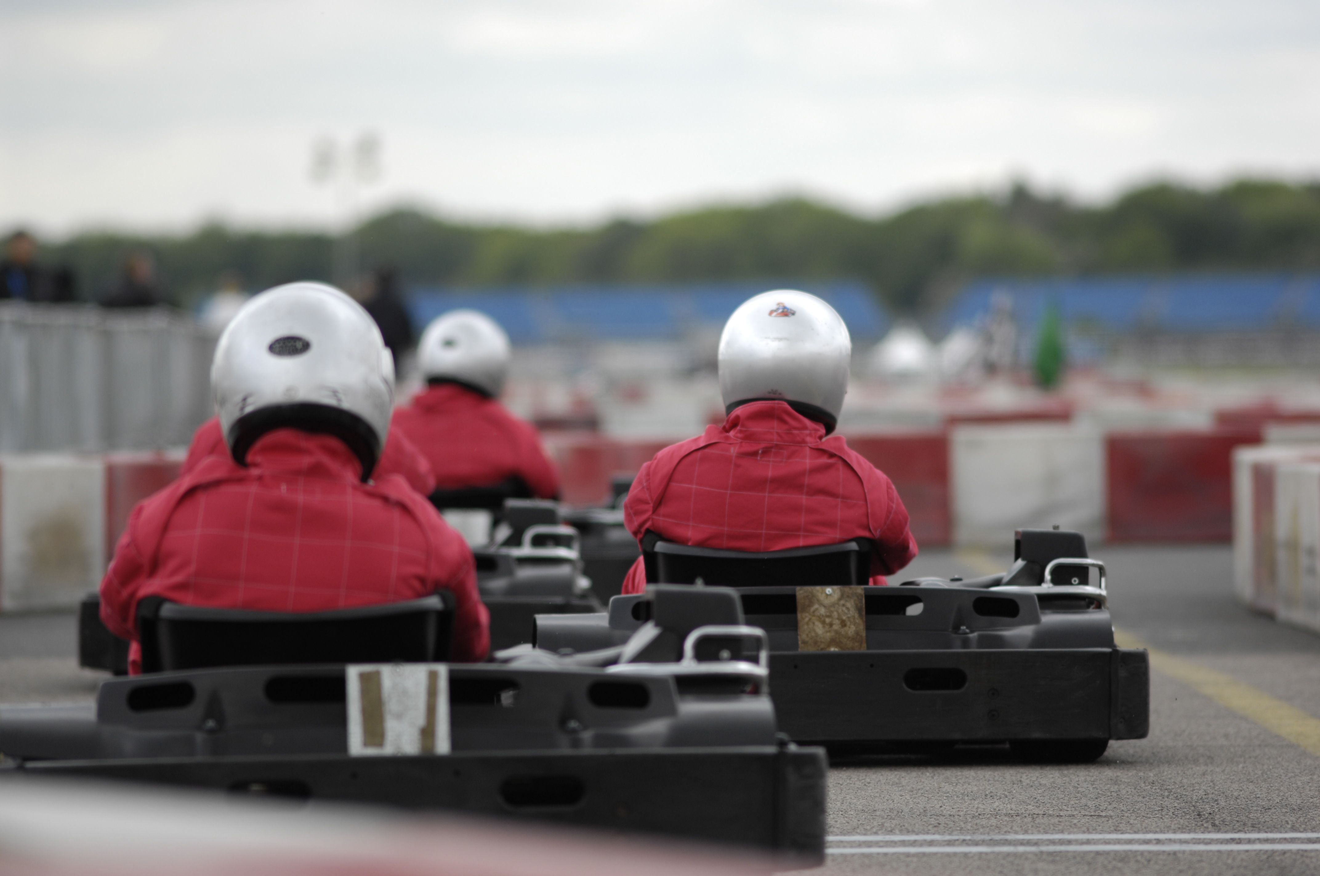 6 Go karting, before racing. Le castellet
