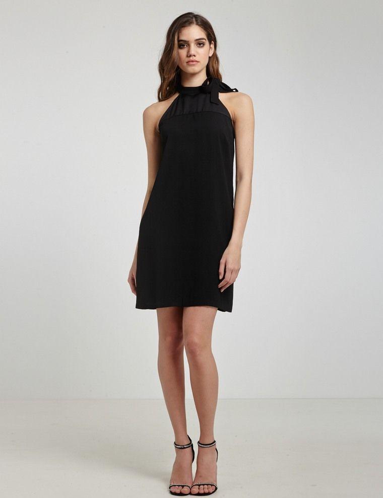 Robe de mariée noire, courte et légère   osez-la !   Pinterest ... 71f0eab8dd2