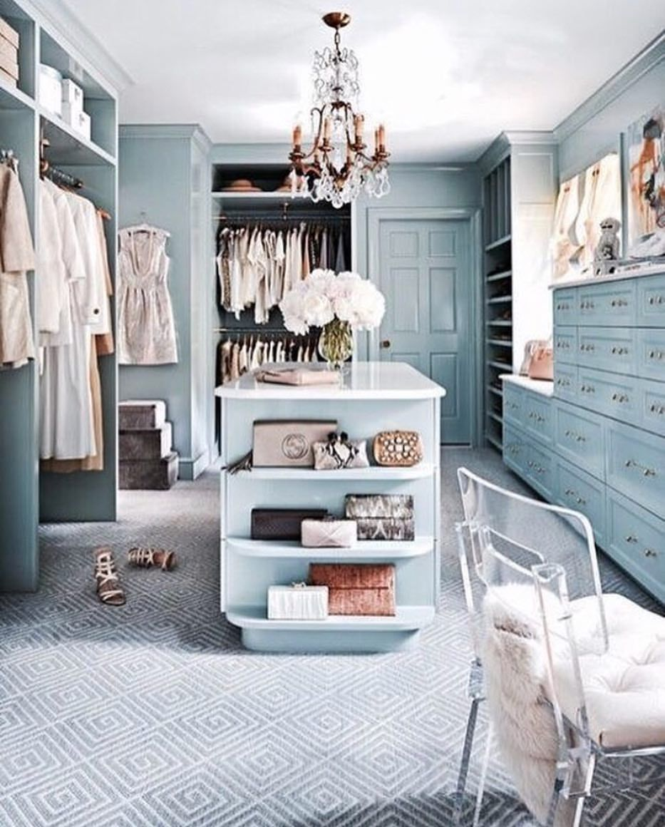 Really Feeling This All Blue Luxury Closet By Rodeoand5thhome A Center Island And Windows For House And Home Magazine Traditional Home Magazine Closet Design