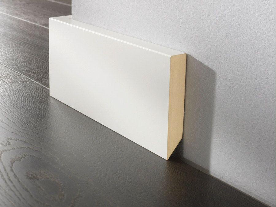 modelo rodapi lacado blanco canto recto puertas