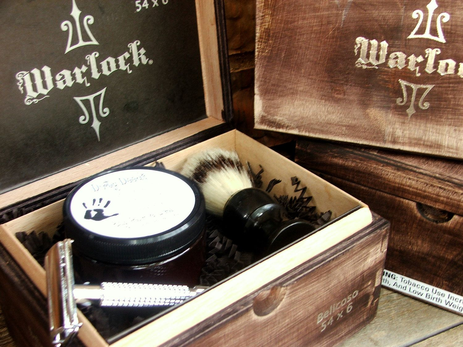 warlock men 39 s shaving kit in cigar box men 39 s grooming. Black Bedroom Furniture Sets. Home Design Ideas