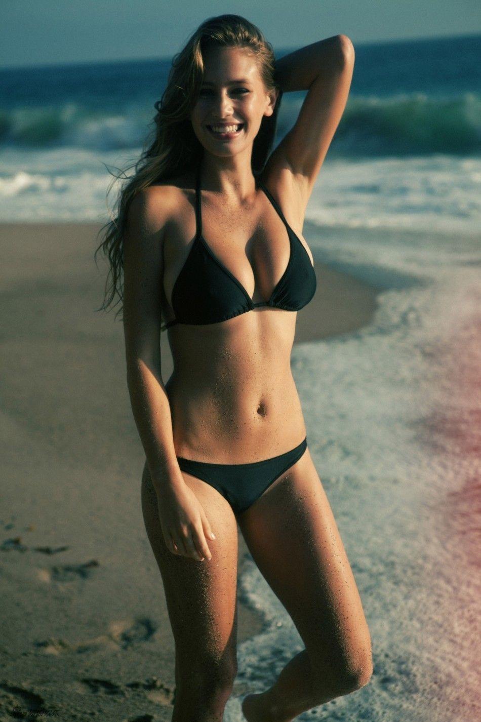 Bikini Dana Wright nude (96 photo), Tits