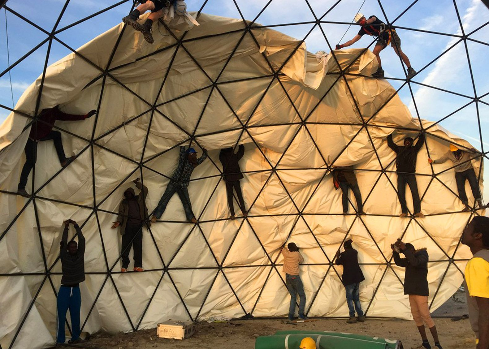 Dome shaped Good Chance Theatre allows Calais refugees
