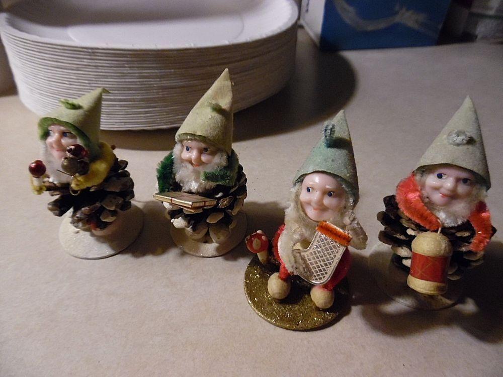 Gnome 4: 1950's Shiny Brite Boxed Set 4 Pine Cone Celluloid