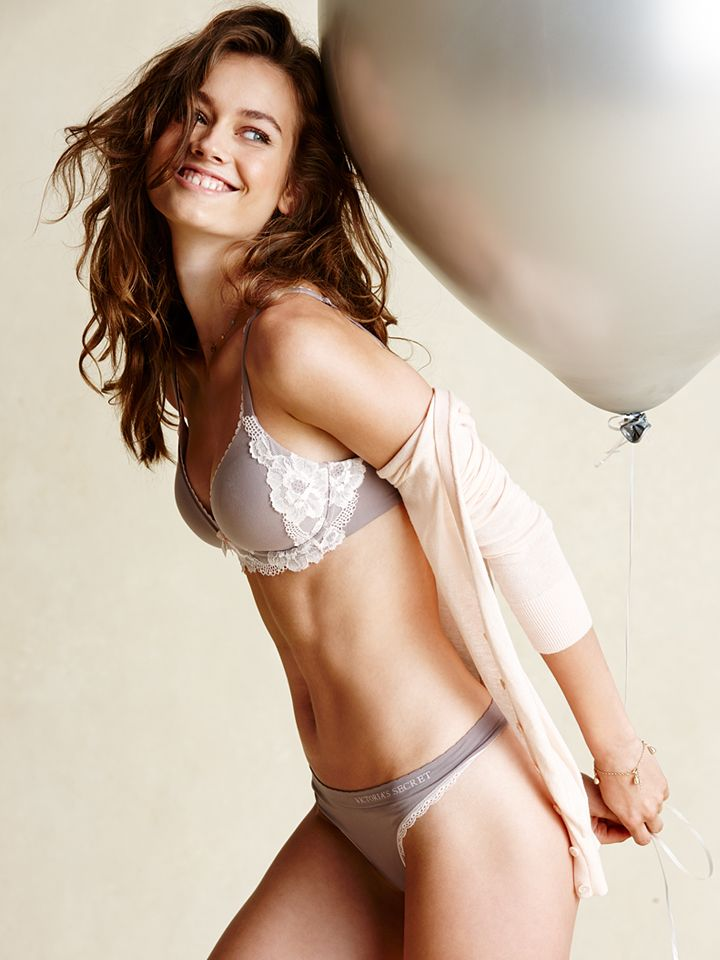 Bras for every day of the week? Now that's something to ...