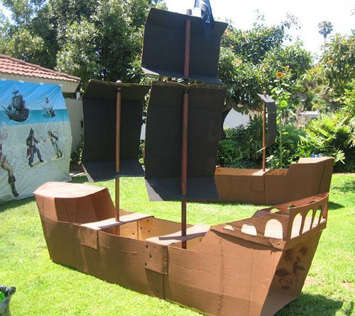 cardboard pirate ship build a large pirate ship out of cardboard boxes party pirate. Black Bedroom Furniture Sets. Home Design Ideas