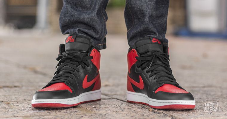 air jordan 1 black and red banned