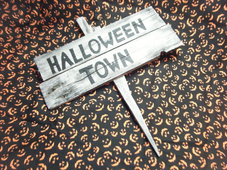 Nightmare Before Christmas Halloween Town by SpookyHootStudios ...