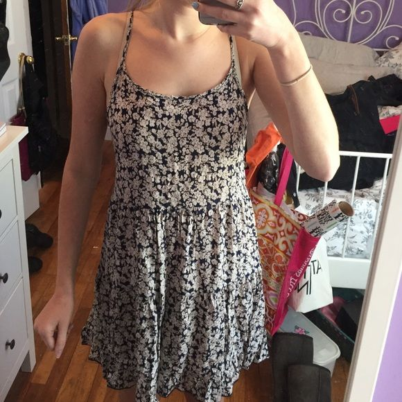 Light flowy summer dresses