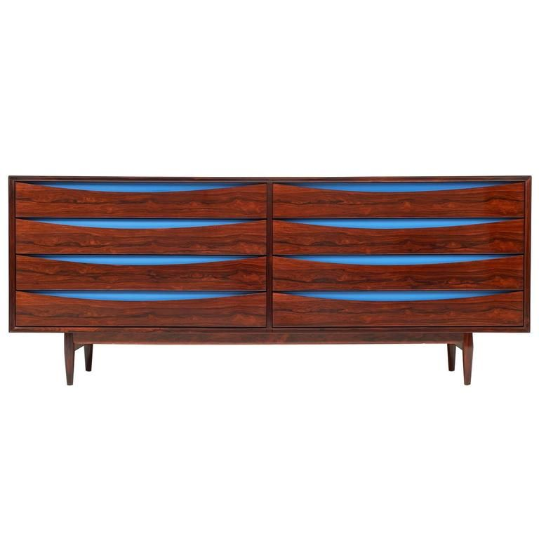 Triennale Rosewood Eight Drawer Double Chest by Arne Vodder