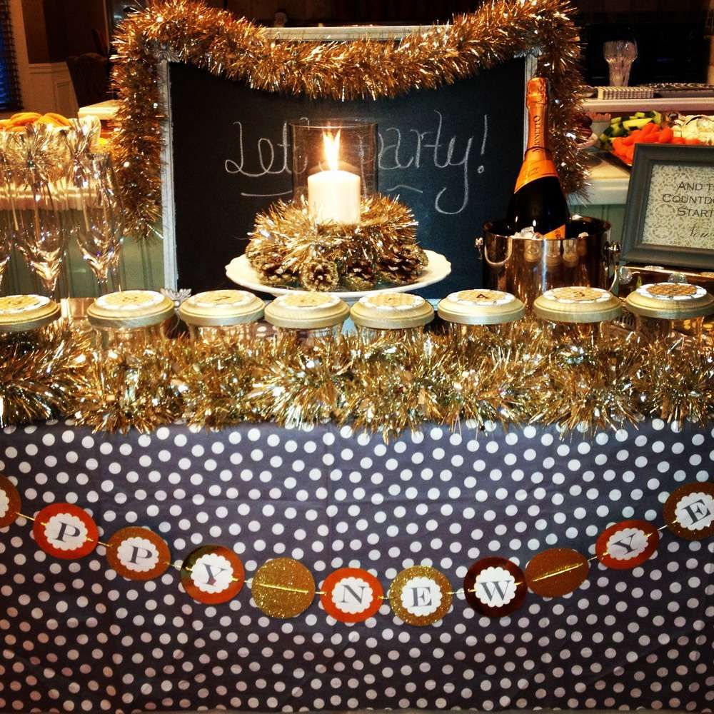 New Year's Party Ideas New years party, Party, Newyear