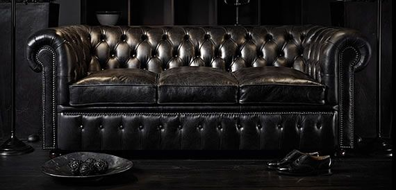 Black Studded Leather Sofa. Iu0027m In Absolute Love! Iu0027m Not