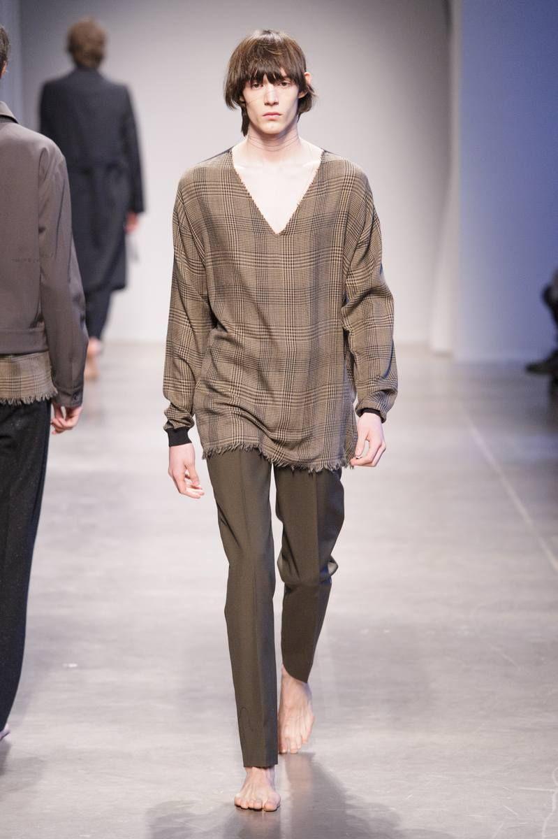 Male Fashion Trends: Federico Curradi Fall-Winter 2017 - Milan Fashion Week
