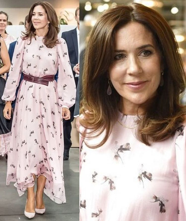 08 08 2018 Crown Princess Mary Attended Wednesday Afternoon Design School Kolding And The Royal Danish Academy Of F Royal Fashion Fashion Princess Mary