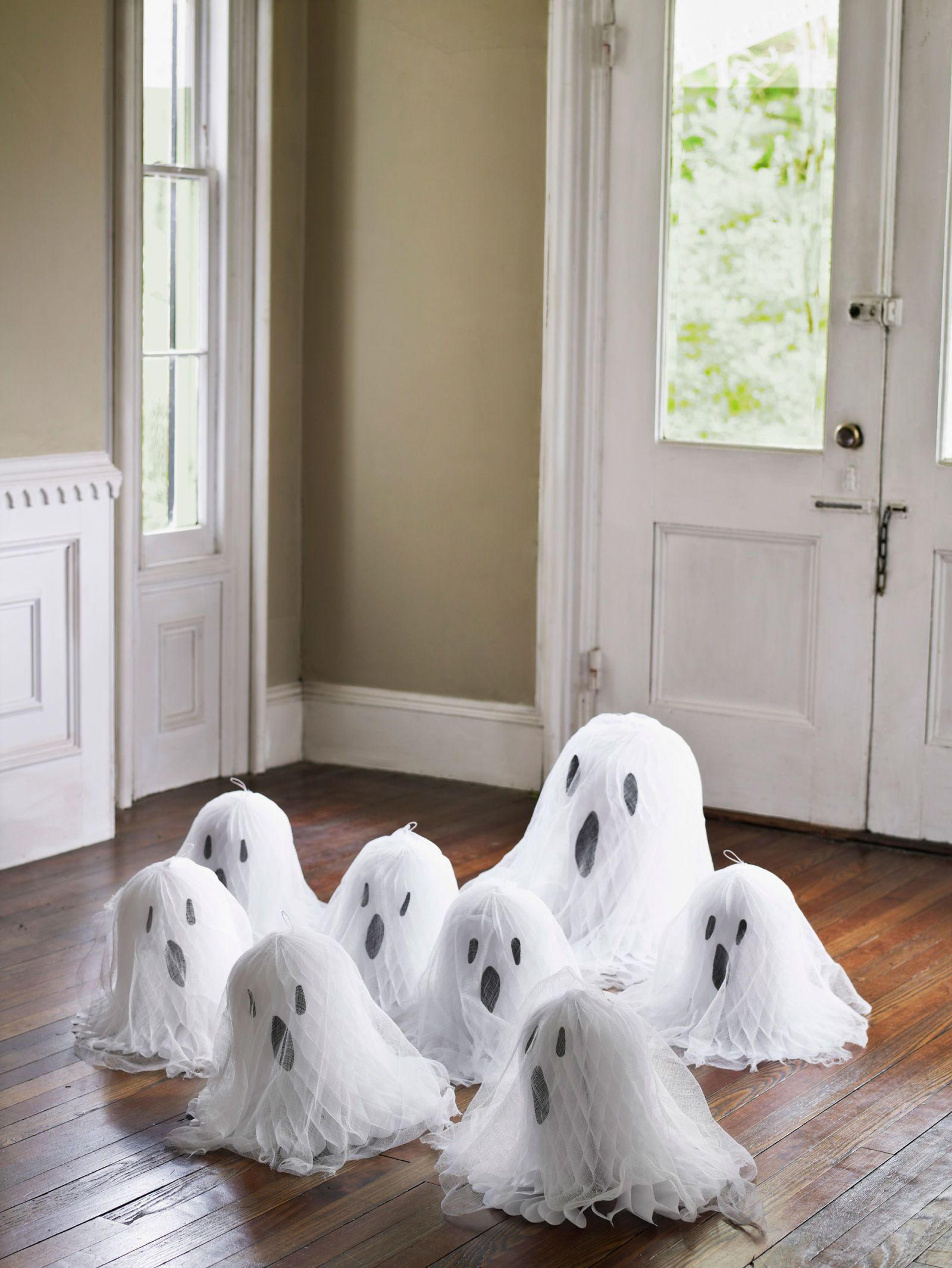Greet Visitors with a Gaggle of Ghosts Tissue paper, Ghost crafts - Ghost Halloween Decorations