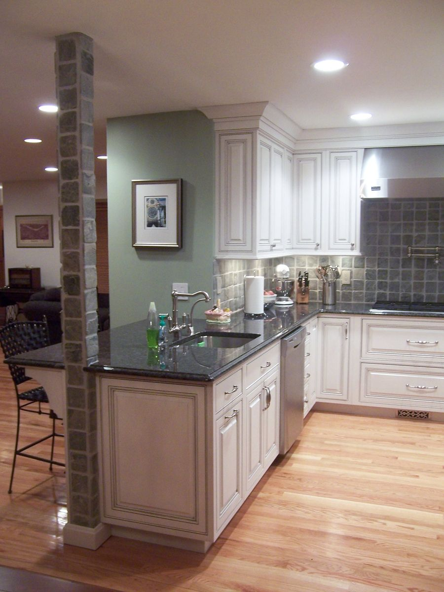 Great use of decorative end panels. #DreamKitchen (With ...