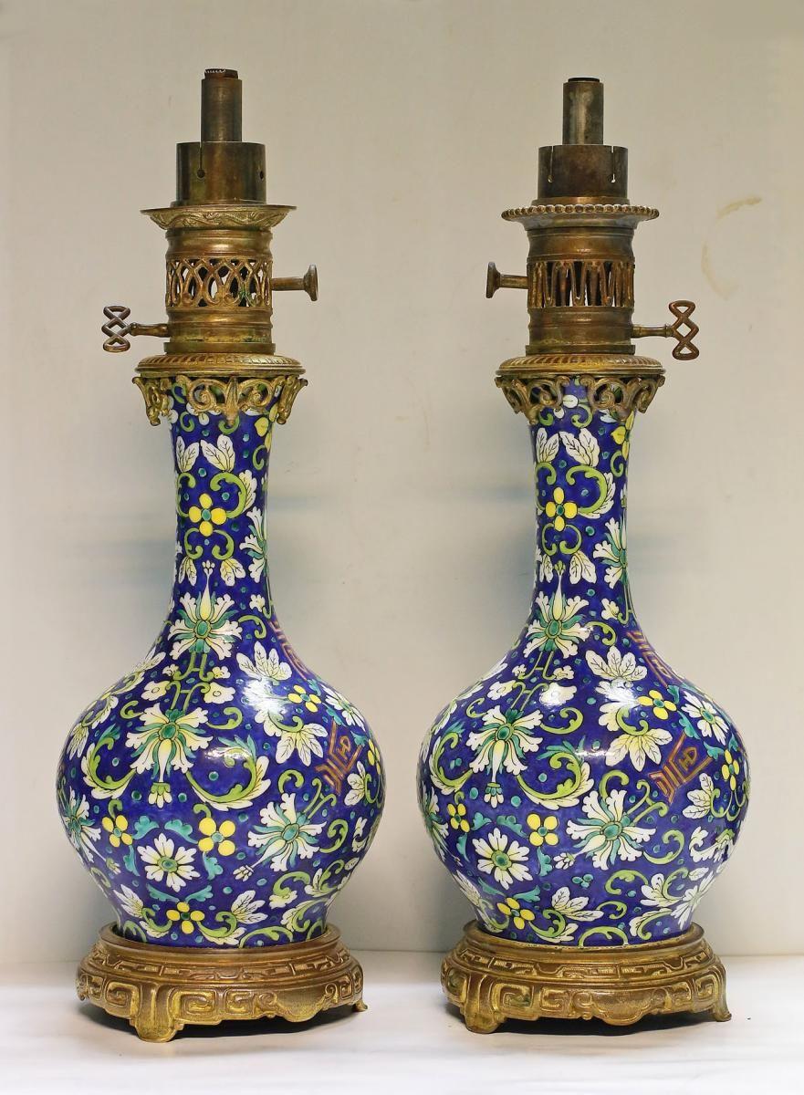Paire De Lampe A Huile Signee Joseph Schlossmacher Vers 1860 Antiquites Art Et Lumieres Proantic Pai Antique Lighting Porcelain Painting Vintage Chandelier
