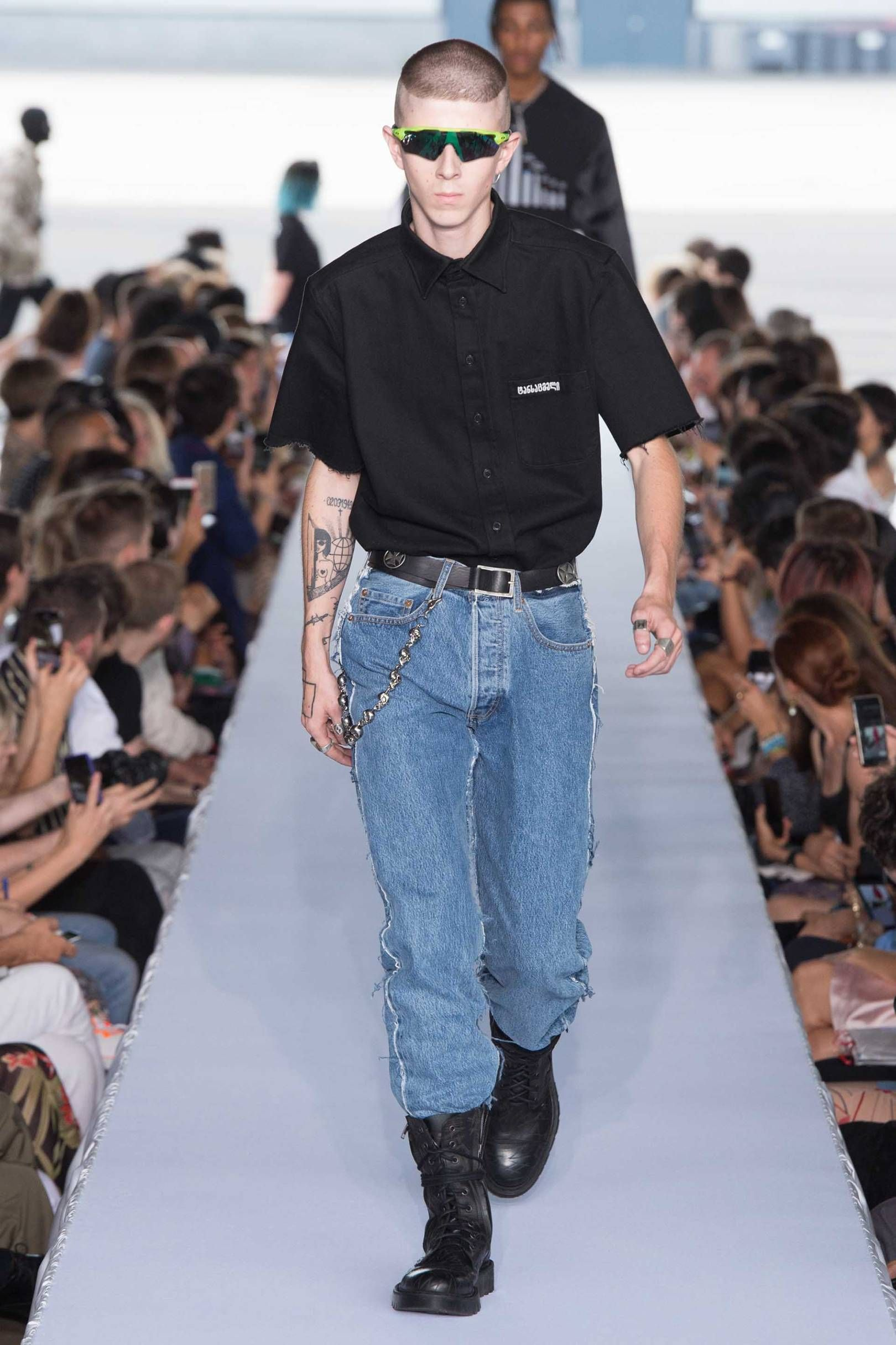 Vetements Spring/Summer 2019 Menswear (With images ...