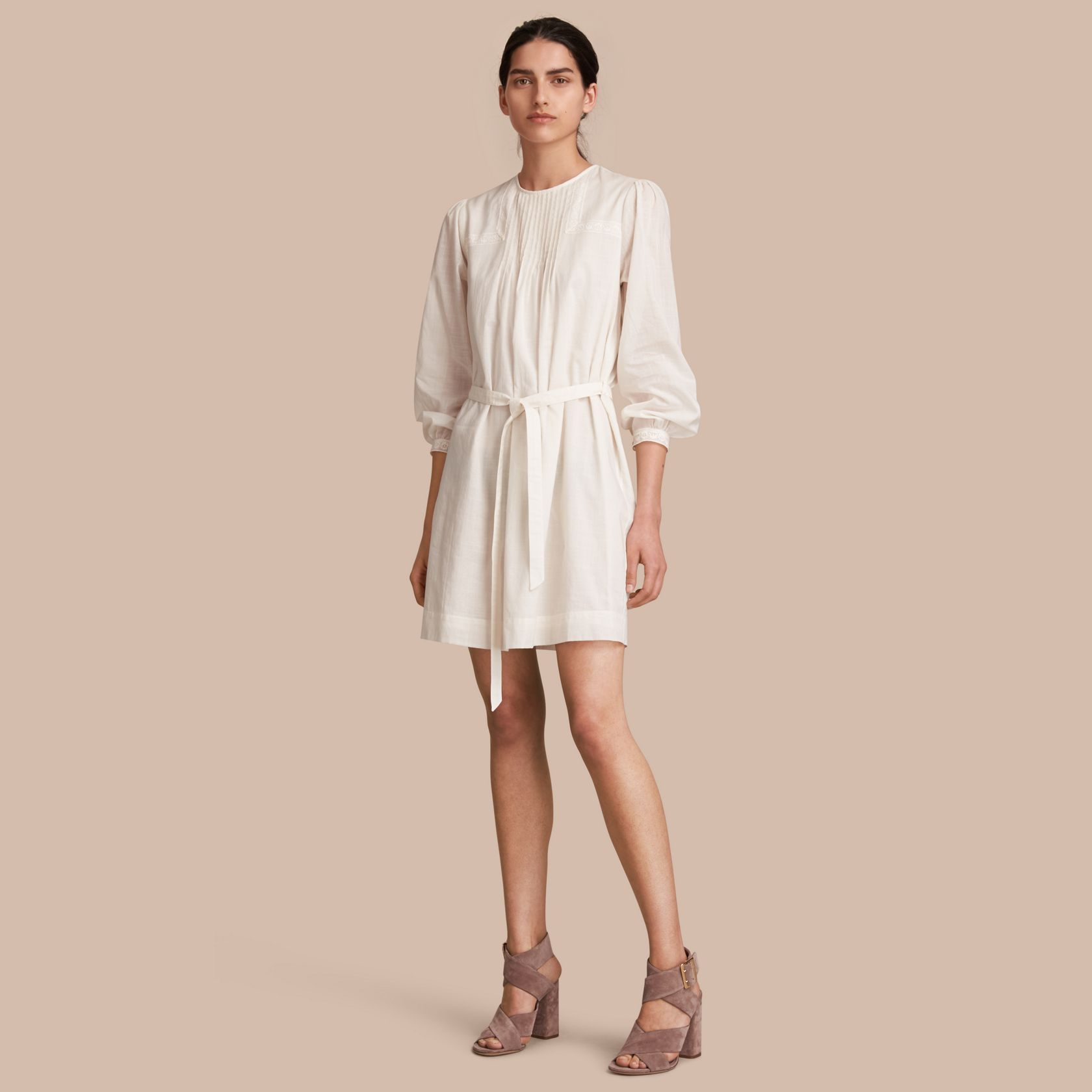 Robe blanc naturel
