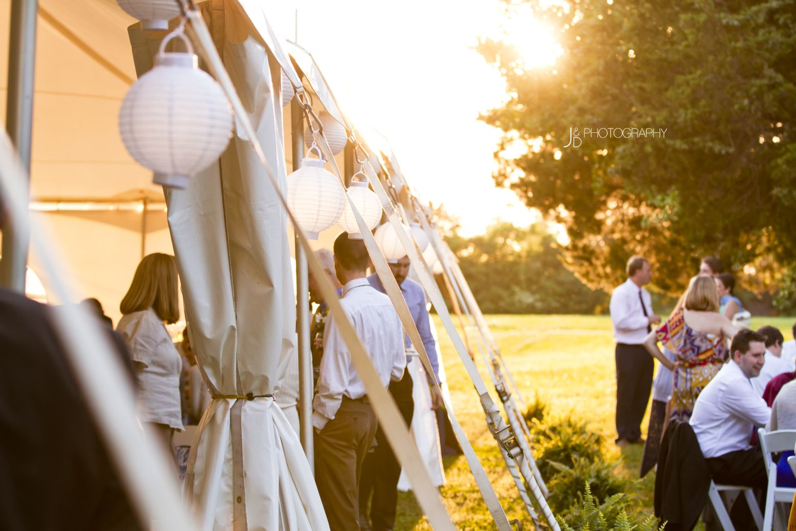 The perfect wedding reception -- rustic outdoor wedding at ...