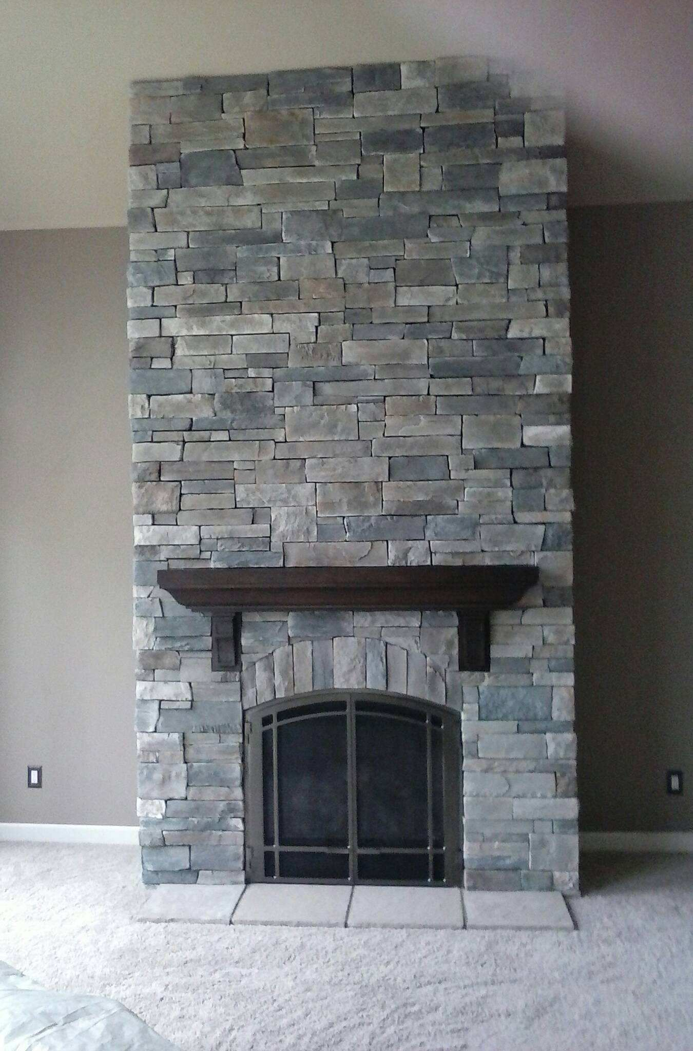 Echo Ridge Country Ledgestone By Boral Cultured Stone With Wood