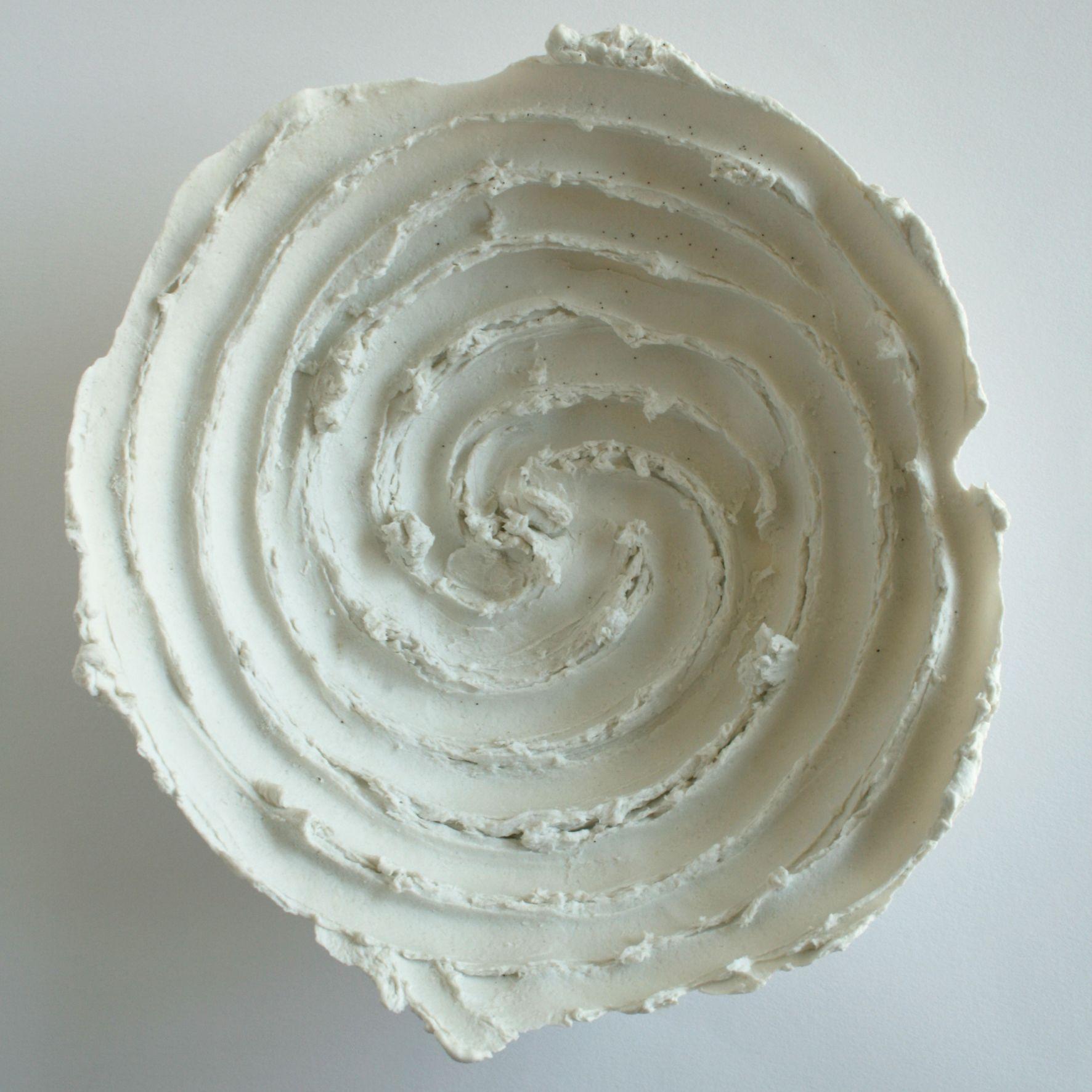 kom met spiraalvorm, papierporcelein, wit