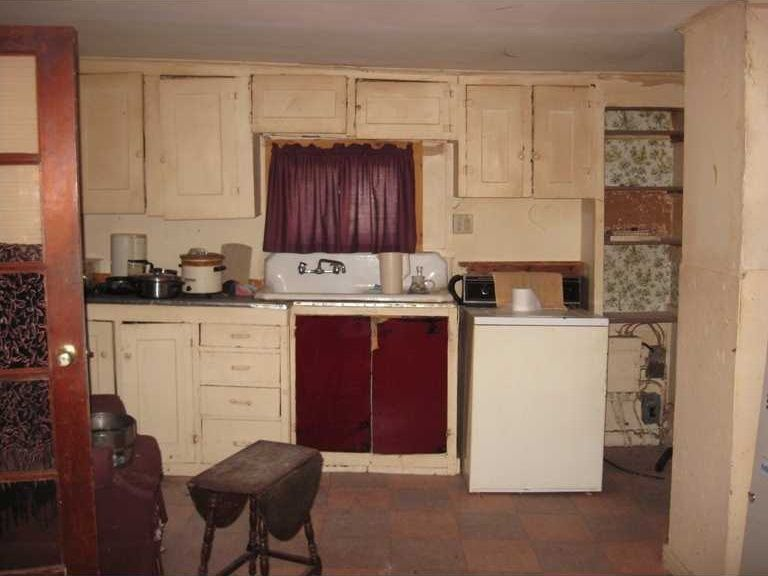 Creepy Old Houses for Sale | ... kitchen cabinets fixer-upper ...