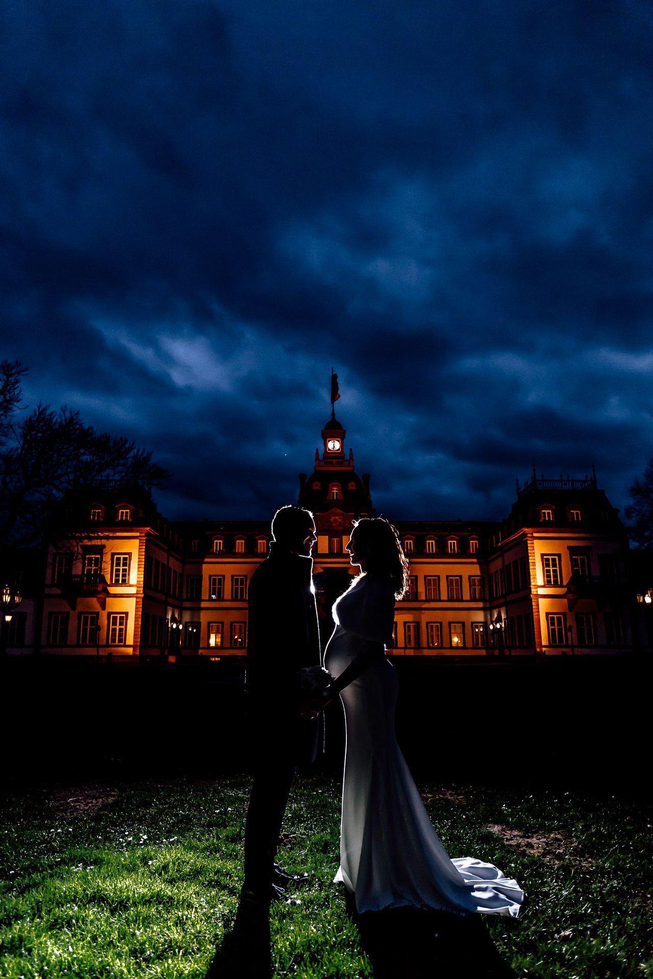 Brautpaar Shooting Mit Blitzlicht In Der Dunkelheit Hochzeitsfotografie Hochzeitsfotograf Brautpaar
