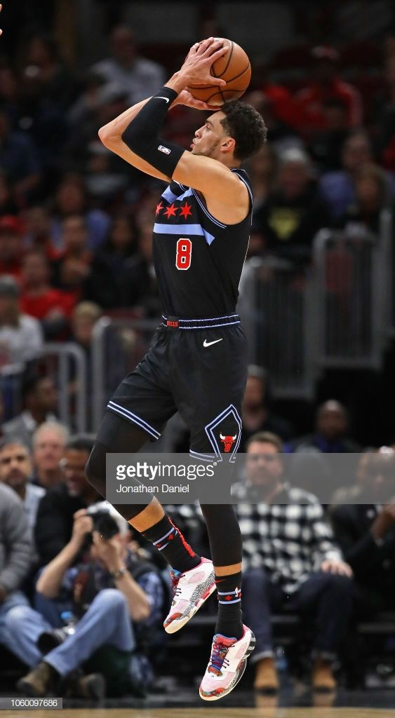 28b15879006 Zach LaVine of the Chicago Bulls shoots against the Cleveland ...