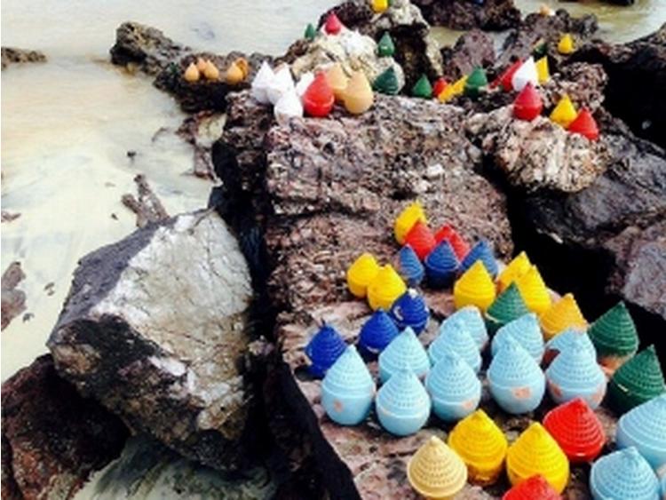 300 objek misteri ditemui di Tanjung Balau - http://malaysianreview.com/134811/300-objek-misteri-ditemui-di-tanjung-balau/