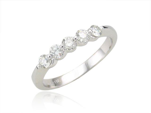 Andrews Jewelers Buffalo NY Ladies Prong Set Diamond Wedding