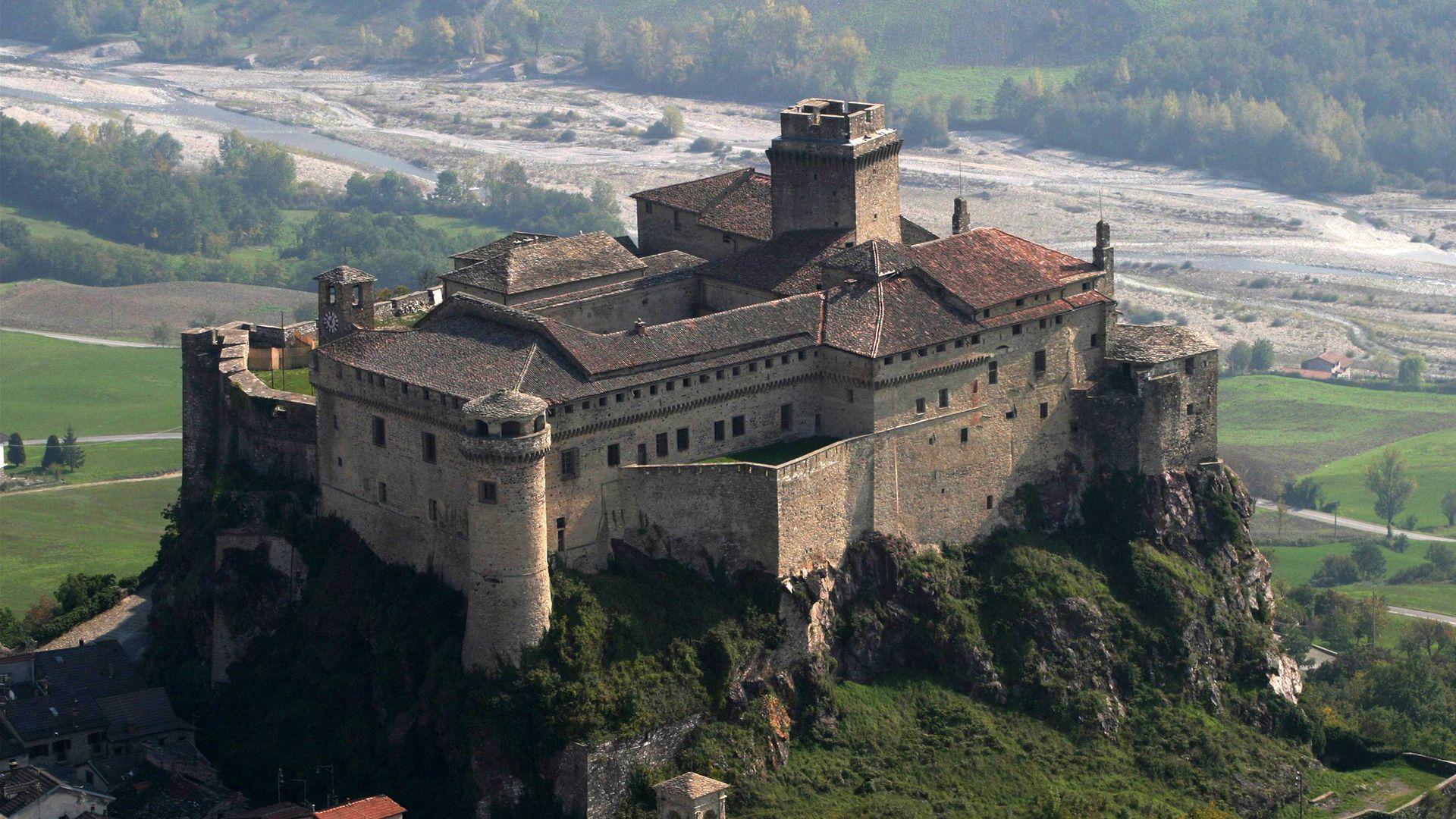 Wallpaper of hilltop castle Italian castle, European